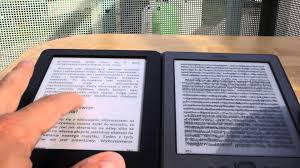 Un nouveau modèle de Kindle avec un étui chargeur proposé par Amazon