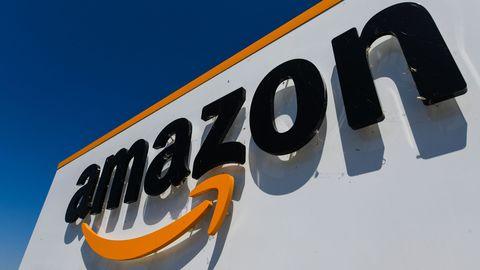 Amazon le géant de la tech, au cœur d'acerbes critiques