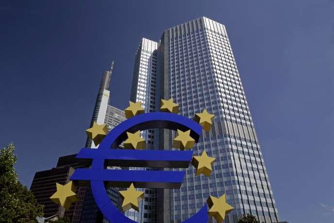 La Banque Centrale Européenne recommande aux banques de la zone euro de ne pas verser de dividendes jusqu'en janvier 2021