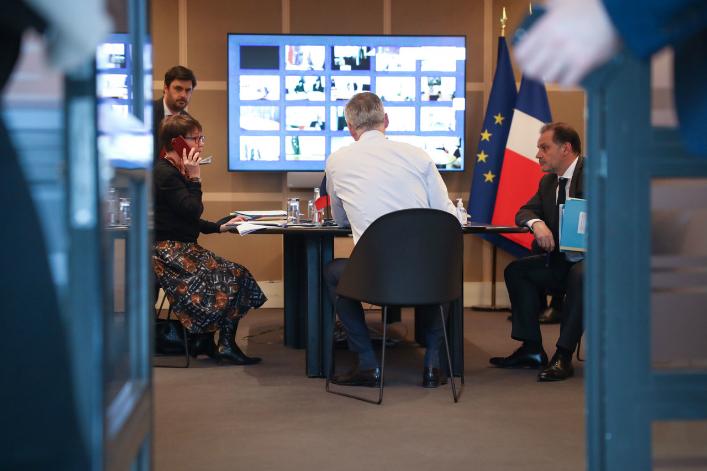 Coronavirus: 45 milliards d'euros sur la table pour soutenir l'économie française